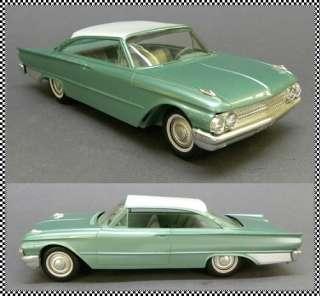 1961 Ford Galaxie Sarliner 2 Door Hardop Dealer Promoional Model