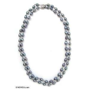 Dark Pearl Strand Necklace, Black Glow 0.4 W 16.9 L