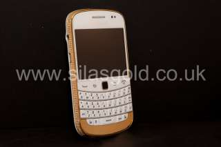BlackBerry Bold 9900 White Unlocked with swarovski crystals 24ct Gold