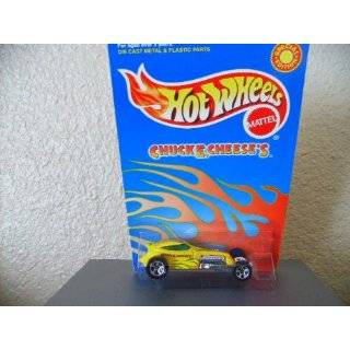 Hot Wheels Sweet 16 II 2000 Chuck E. Cheese Exclusive Yellow W/5sps