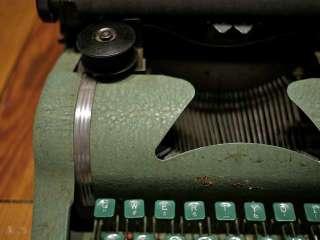 Vintage 40s Antique Mint Green TOM THUMB Metal Portable Typewriter w