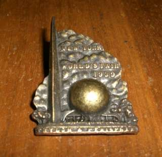 1939 RARE WORLDS FAIR BRONZE PIN TRYLON & PERISPHERE