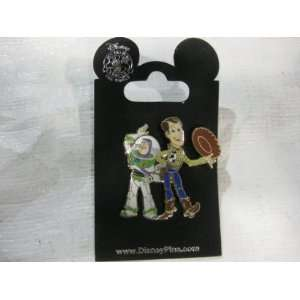 Disney Pin Buzz Lightyear and Woody Toys & Games