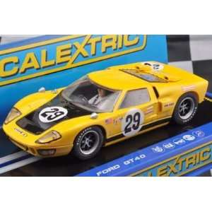 1/32 Scalextric Analog Slot Cars   Ford GT40 1970   No. 29