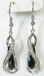 e39 Black White Teardrop Swarovski Crystal Earrings