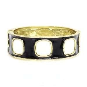 Diameter; Gold Metal; Black And Beige Epoxy Resin Coat; Clasp Closure