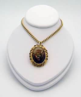 18ct GOLD ETRUSCAN REVERSE PAINTED ESSEX CRYSTAL LION PENDANT