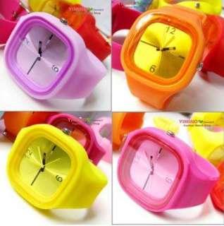 Red Unisex Silicone Jelly Sports Quartz Watch M462R