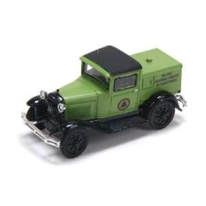 HO RTR Model A Telephone Truck, Bell of PA: Toys & Games