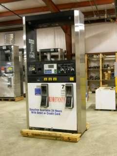 Dresser Wayne 3V 595/D4 Gas Pump/ Fuel Dispenser with Card Reader