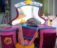GROOVY GIRLS VANITY AND CHAIR