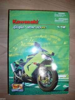 Kawasaki Ninja ZX 10R Maisto 112 Motorcycle Green Bike