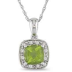 10k White Gold Diamond and Peridot Necklace (I J, I2 I3)