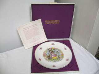 1978 Royal Doulton VALENTINES DAY Plate Decorative Box