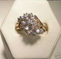 LADIES 14K YELLOW GOLD DIAMOND CLUSTER DINNER RING