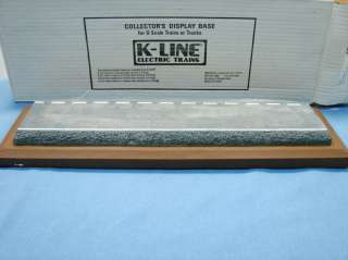 Line 1/48 O Gauge Die Cast Car & Truck Display Base |