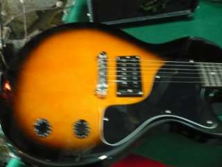 GIBSON EPIPHONE INVADER ELECTRIC GUITAR WITH STUDIO 10CDX AMP AND MORE