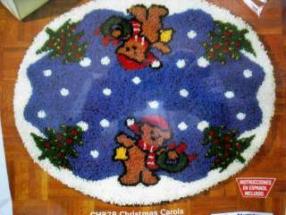 TREE SKIRT Latch Hook Kit,CHRISTMAS CAROLS,Teddy Bear