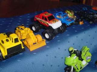 Huge Lot of 35 toys CARS TRUCKS die cast Hot Wheels TONKA Matchbox see