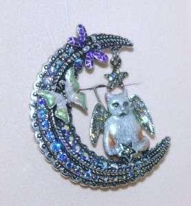 Folly Luna Kitty Cat Angel Crescent Moon Pin Brooch Silvertone
