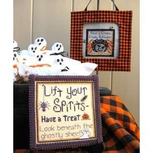 Spirits And Spiders   Cross Stitch Pattern: Arts, Crafts & Sewing