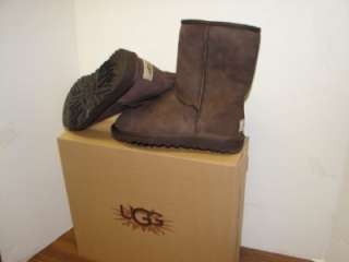 NEW WOMENS UGG CLASSIC SHORT BOOTS/ SHOES   SIZE 5 BROWN