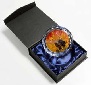 Honey Bee on Flower NEW Stunning Paperweight, IBE 1PW2
