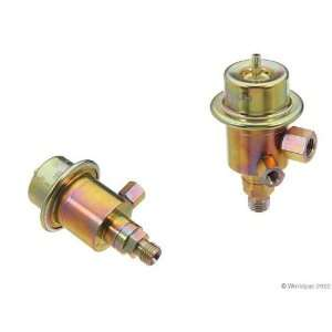 Bosch C3000 13557   Fuel Pressure Regulator Automotive