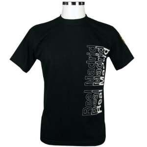 Real Madrid FC. Mens Black T Shirt   Medium Sports