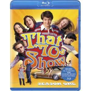 That 70s Show: Season One [Blu ray]: Ashton Kutcher