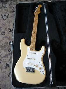 1983 Fender Stratocaster electric guitar Dan Smith era vintage olympic