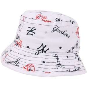 New Era New York Yankees Infant Bucket Hat   White Sports